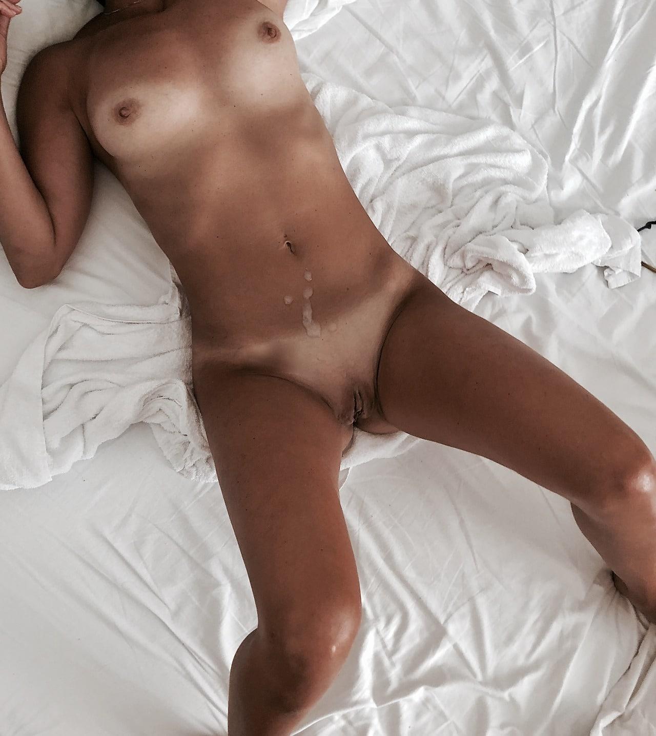 cumshot on her stomach