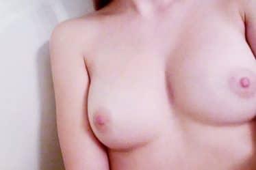 amateur girl selfie with tits out
